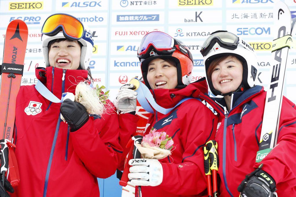 Asa Ando, 'Emi Hasegawa & Mio Arai (JPN)