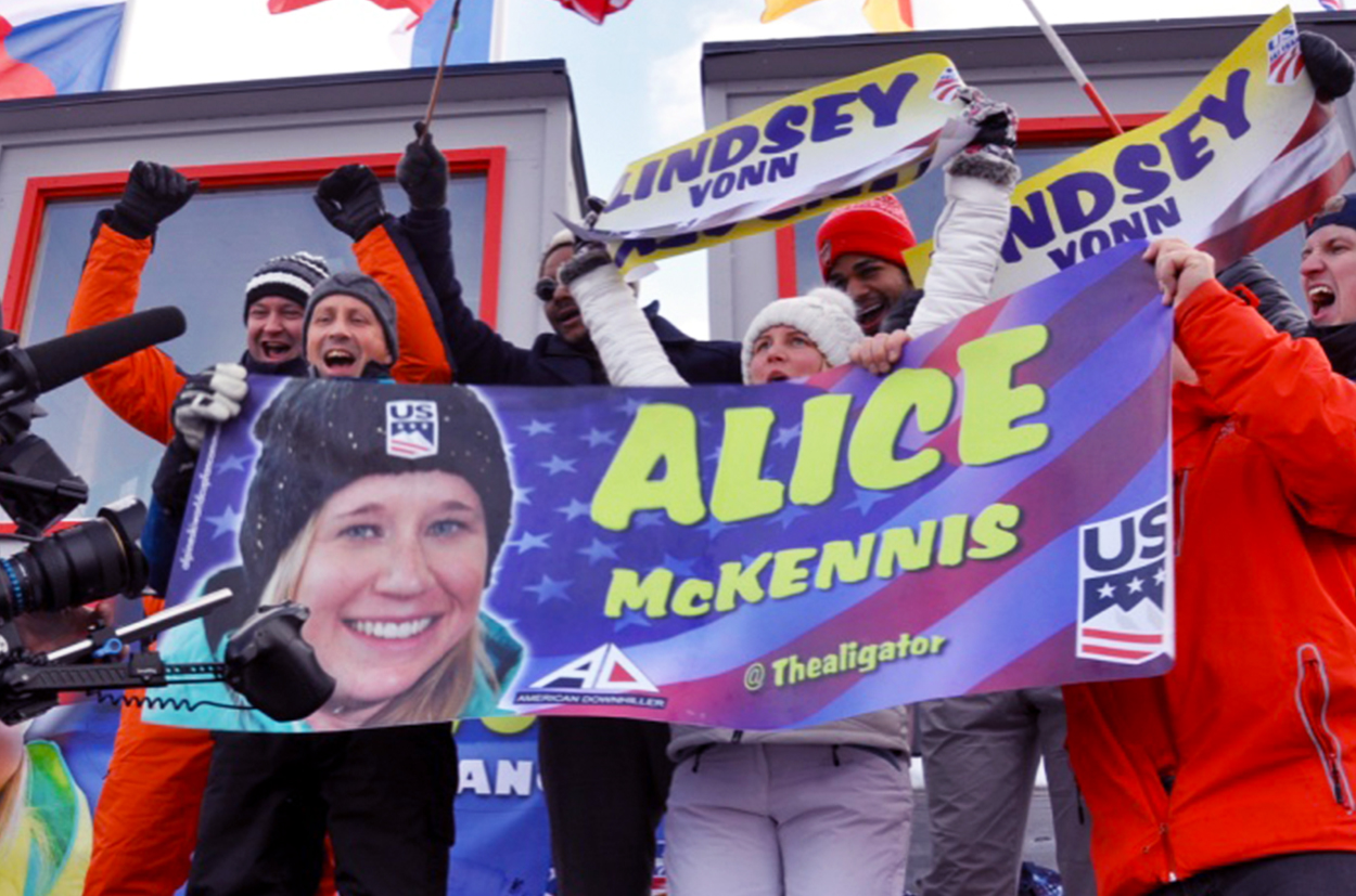 The Fan Community cheering Alice McKennis & Lindsey Vonn at ARE 2018 Finals Ski World Cup 2017-2018