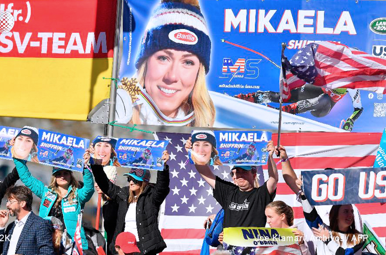 Fans Club MikaelaShiffrin-fans at World Cup Solden 2019